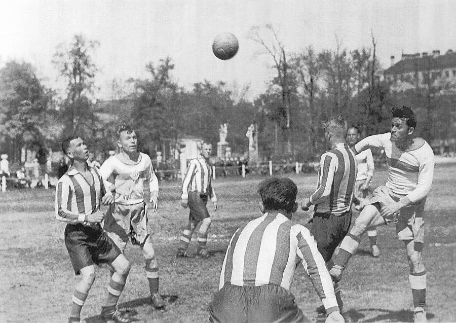 Блокадный Ленинград: футбольный матч