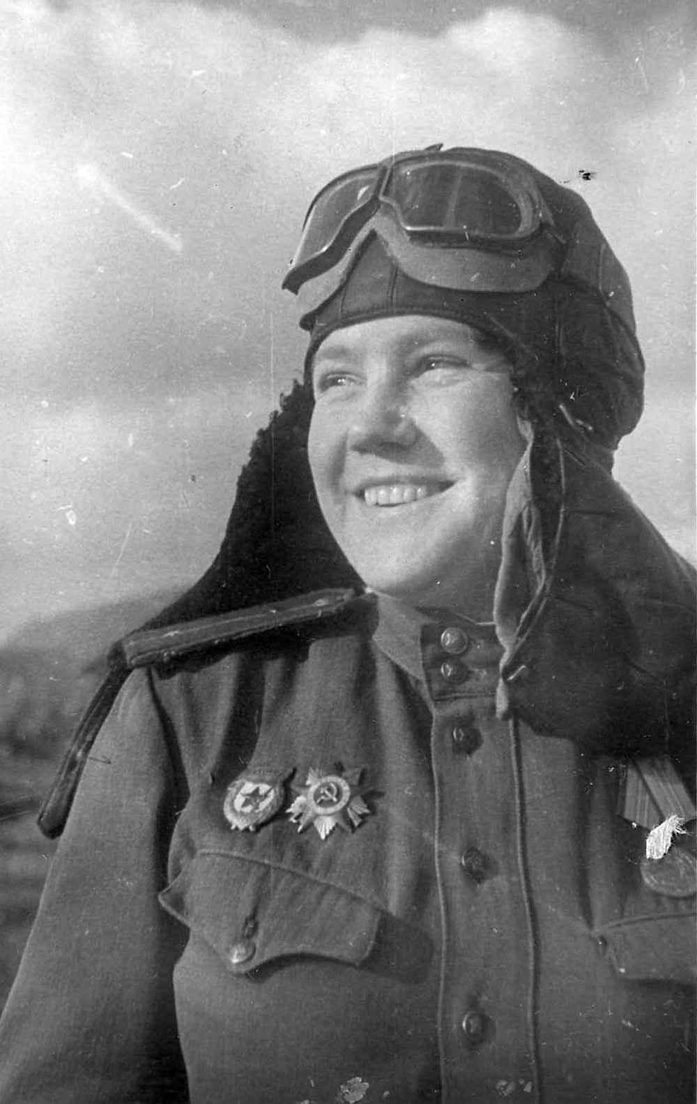 Младший лейтенант Р.В. Юшина