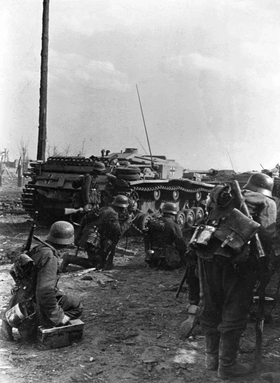 На окраине Сталинграда немцы готовятся к атаке
