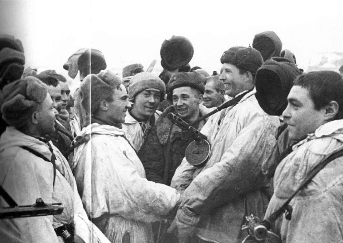 Встреча 2-й ударной и 42-й армий в районе Ропши