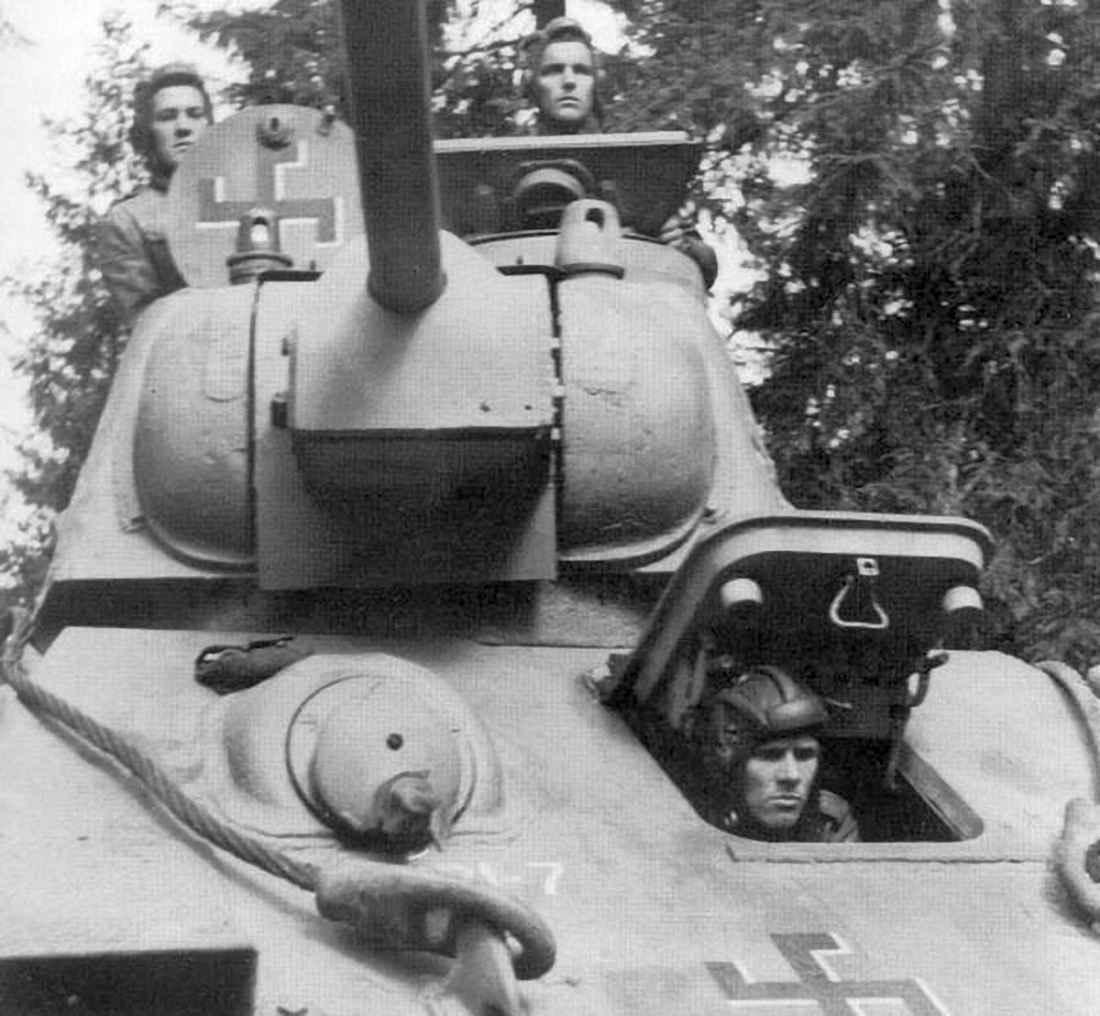Экипаж финского Т-34