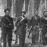 Севастопольцы отбивают вражеские атаки