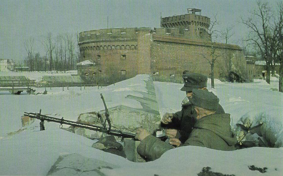 Немецкий пулеметный расчет