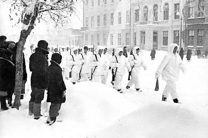 Вступление частей Красной Армии в освобожденный г.Калинин