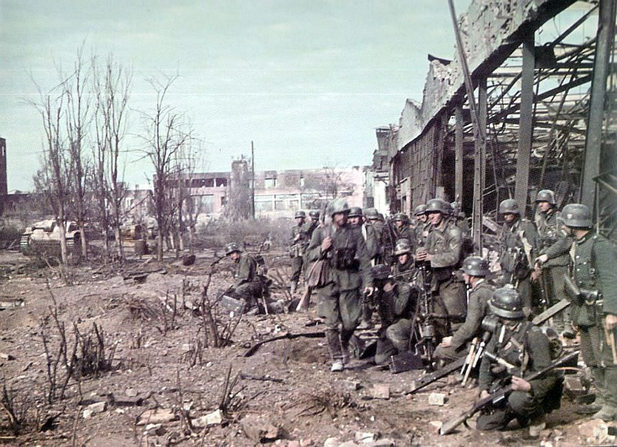 Немецкие солдаты в Сталинграде