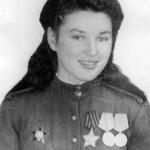 Александрова (Савельева) Зоя Никифоровна