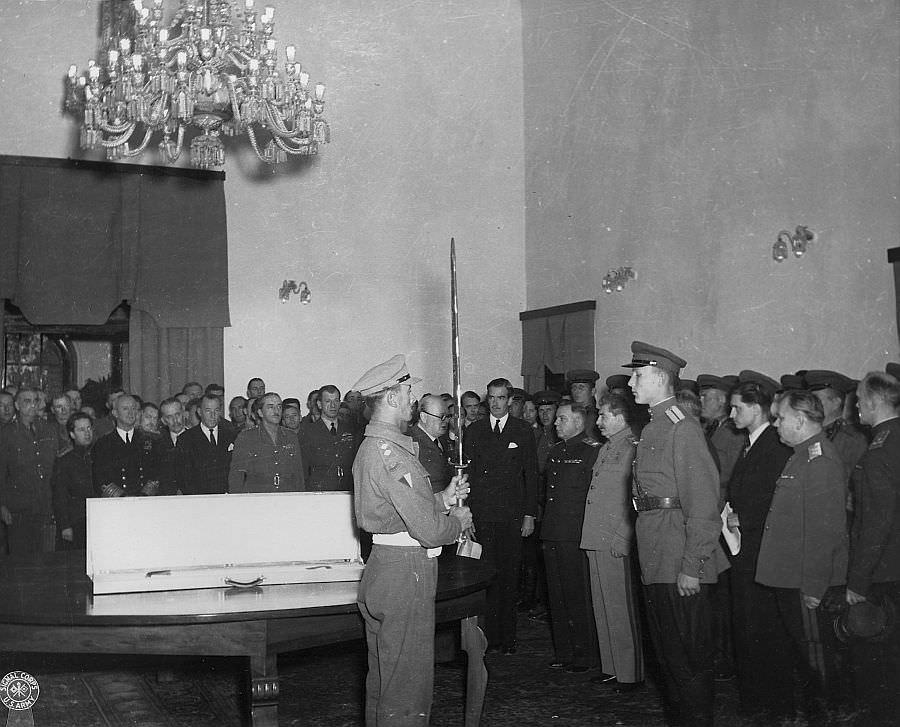 Торжественное вручение «Меча Сталинграда»