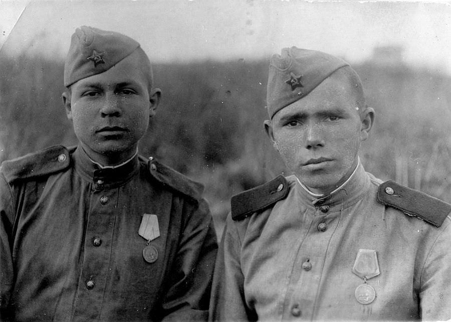 Зенитчики зенитного артиллерийского полка