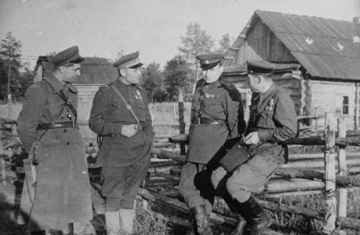 Командиры партизанских соединений