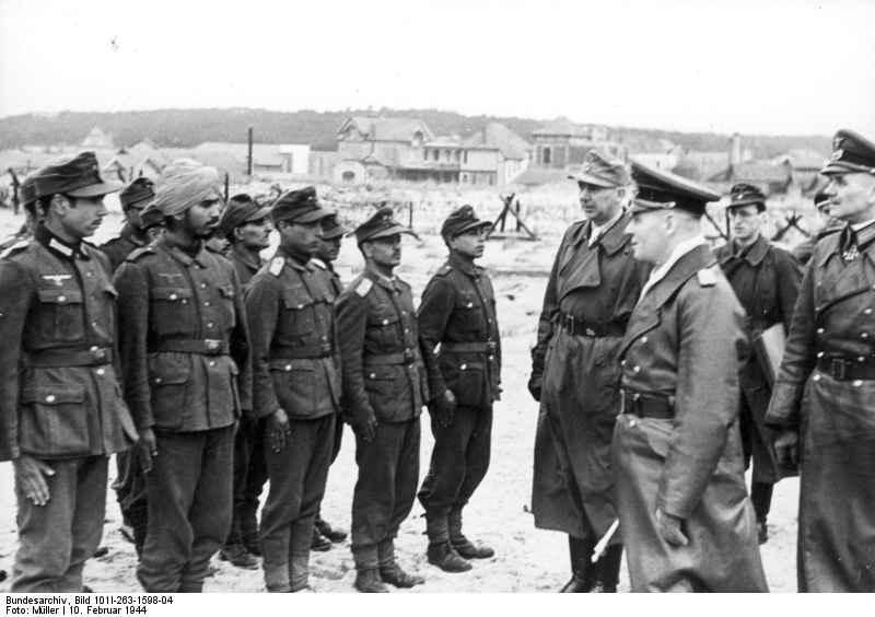 Роммель инспектирует легион «Свободная Индия»