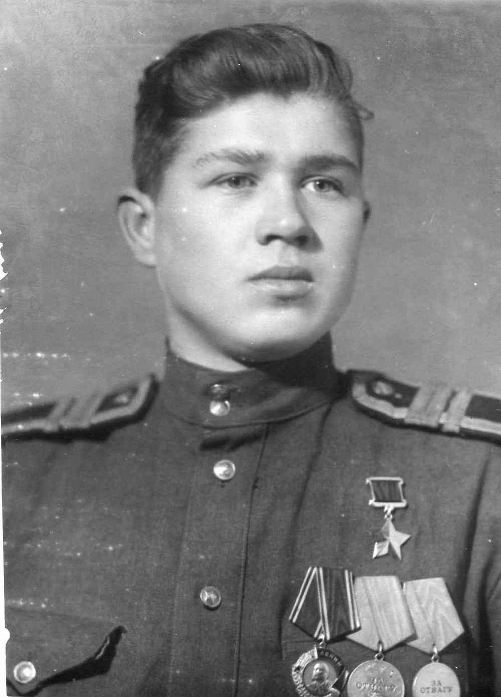 Герой Советского Союза сержант Б.И. Быков