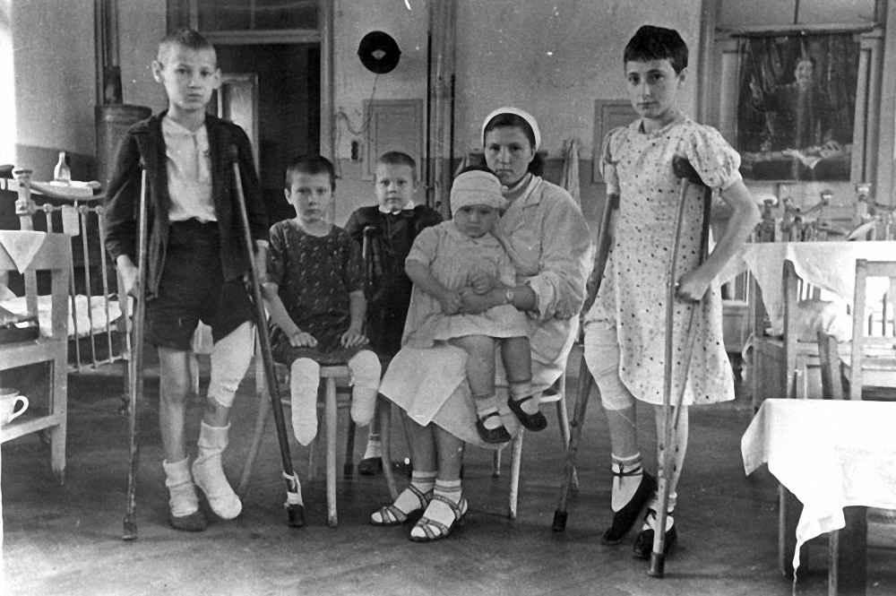 Раненые дети