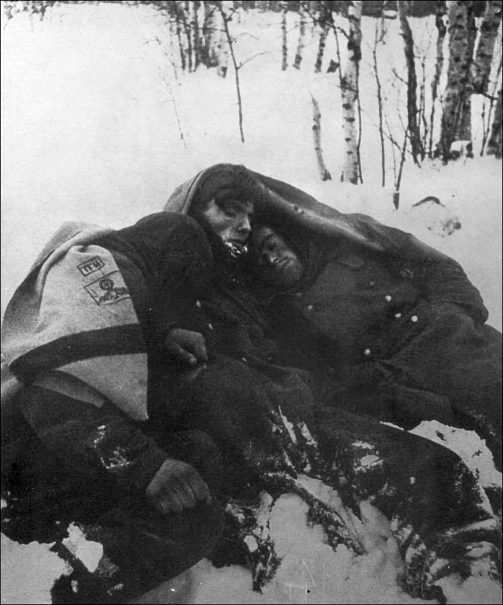 Замёрзшие заживо немецкие солдаты