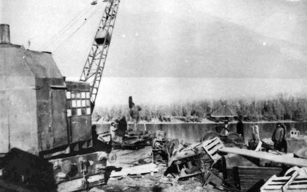 Сталинград. Эвакуация завода за Волгу