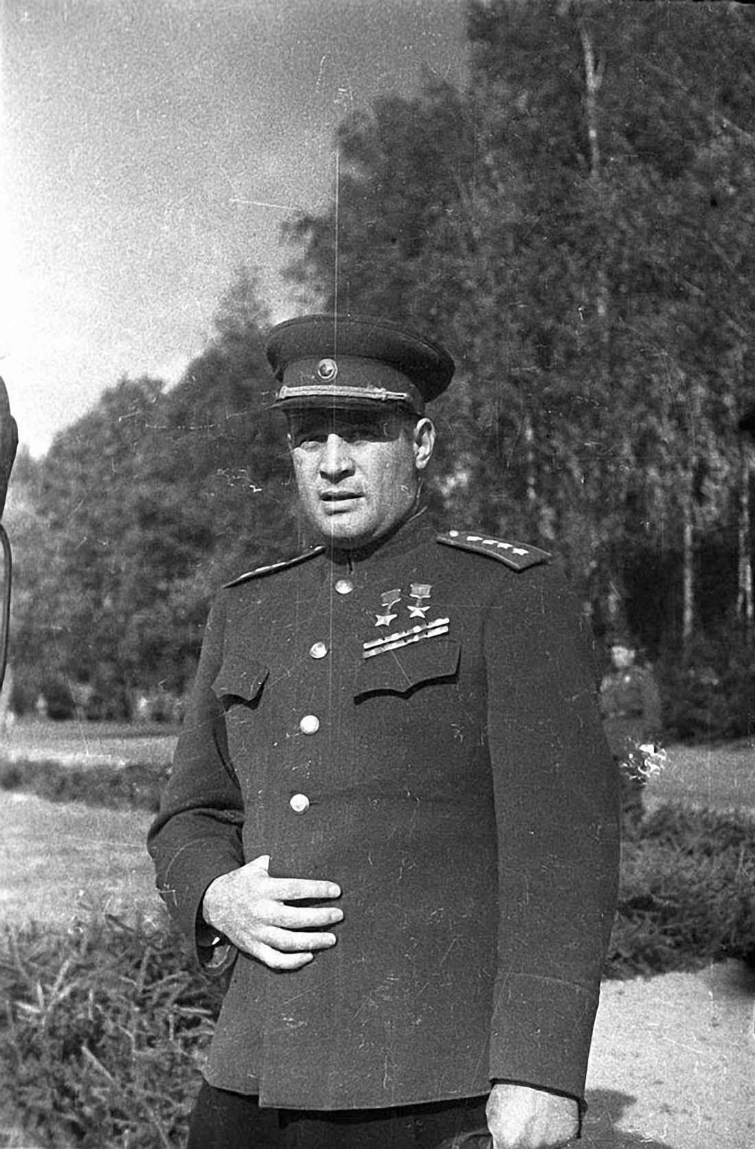 Генерал армии И.Д. Черняховский