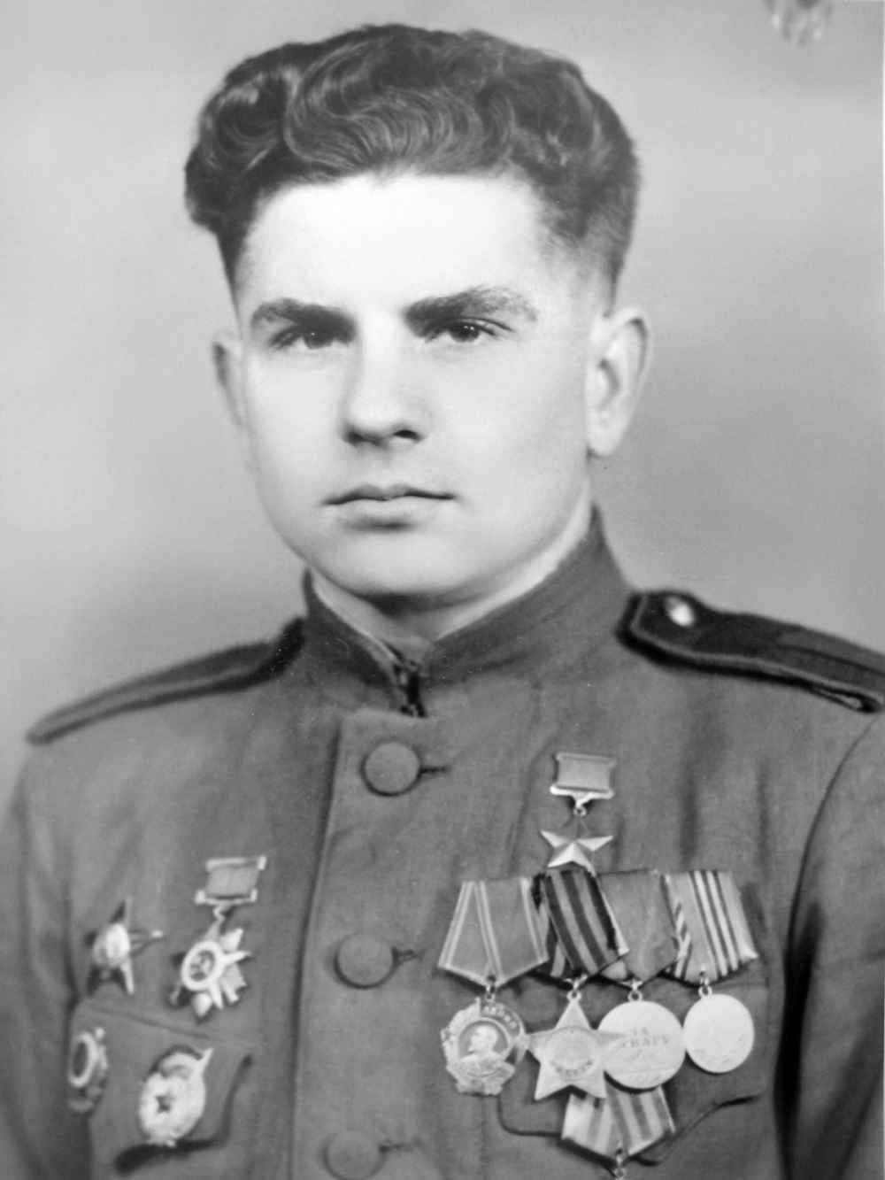 Герой Советского Союза старшина В.М. Гинтовт