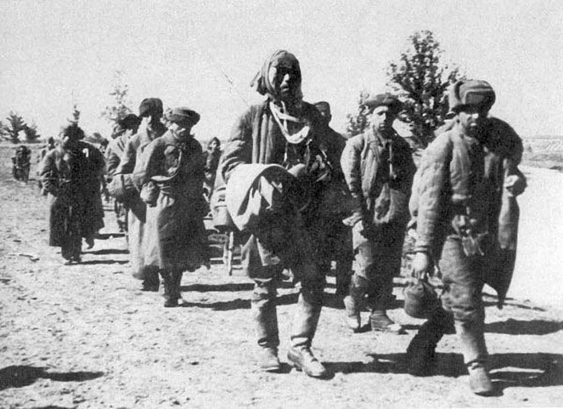 Советские военнопленные из Волховского котла