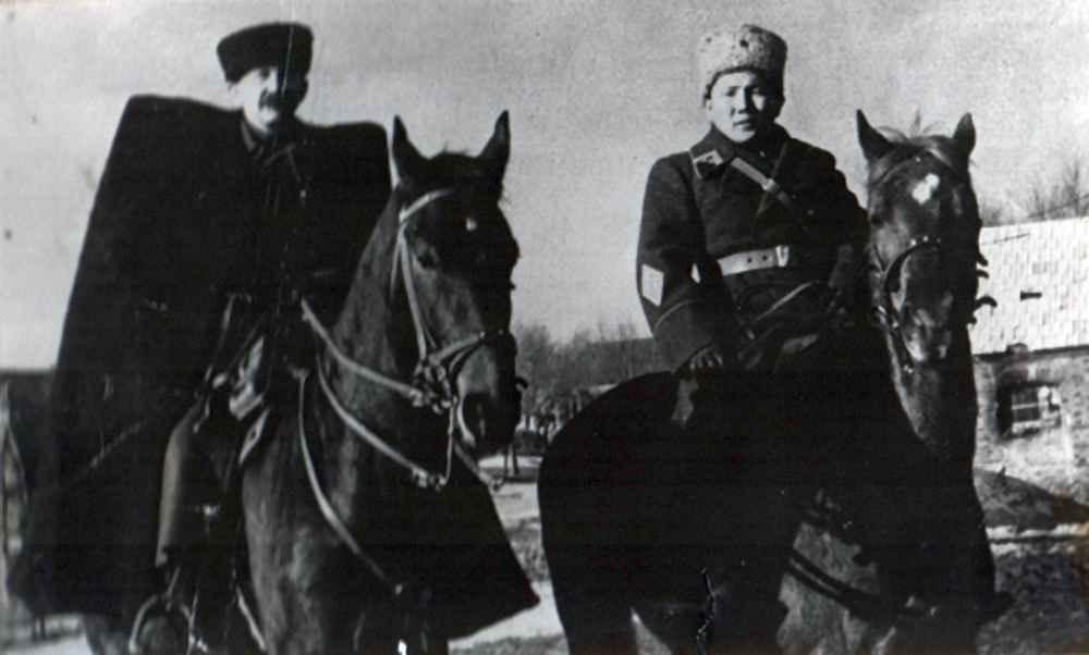 Командир 61 армии Белов Павел Александрович и Цыцеибал
