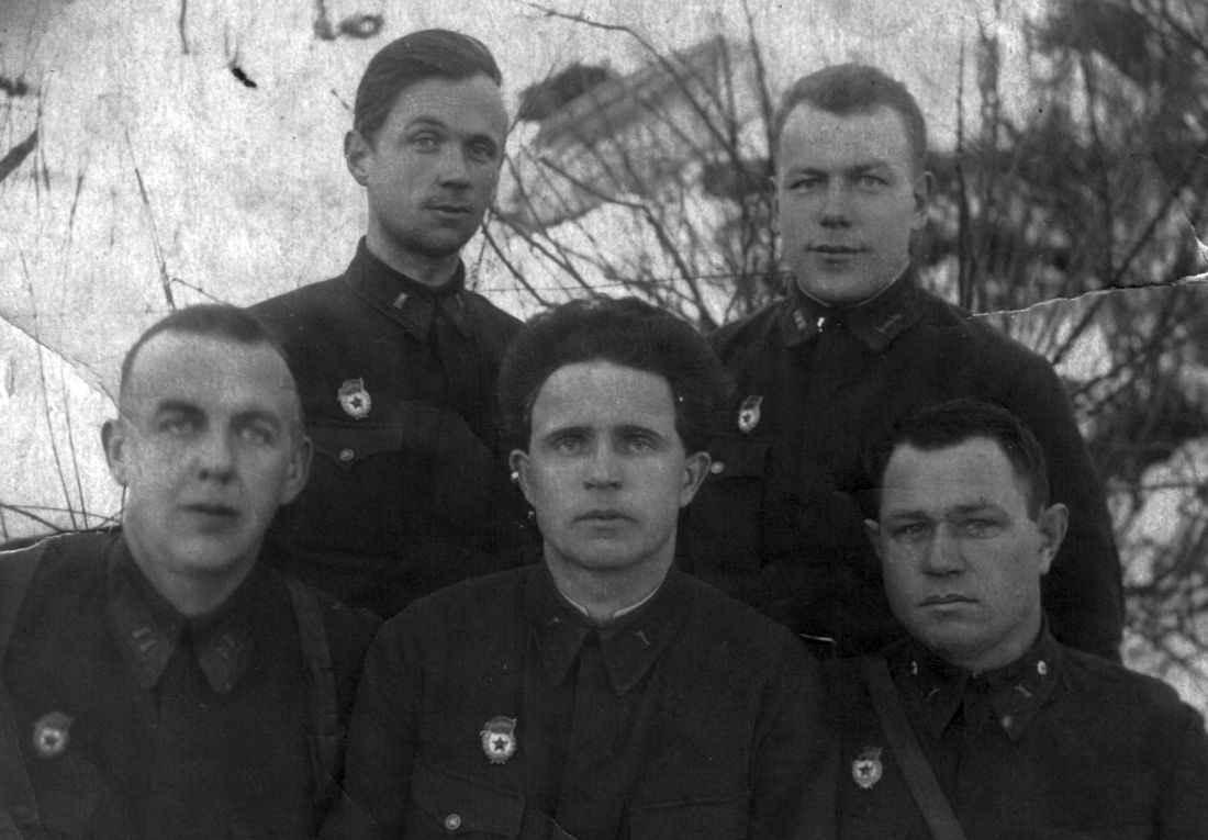Парткомиссия гвардейского полка