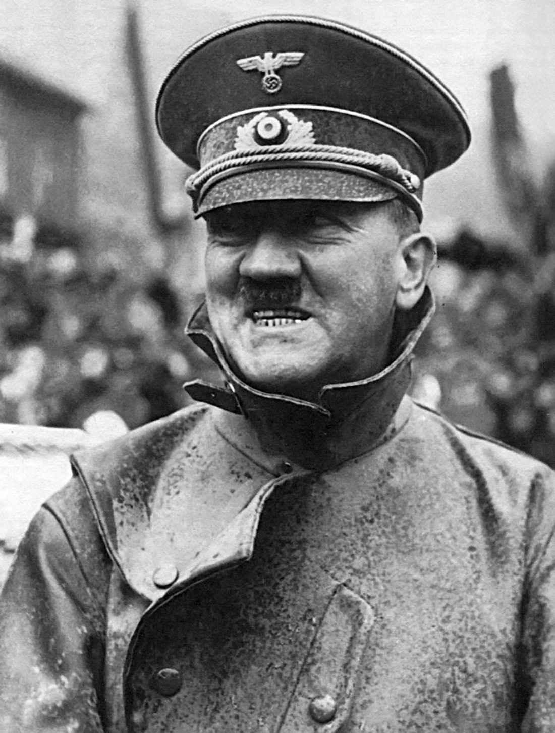 Адольф Гитлер в городе Граслиц