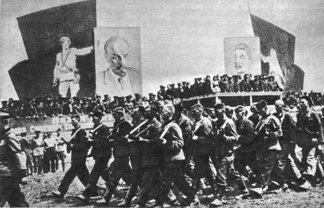 Парад белорусских партизан в честь освобождения Минска