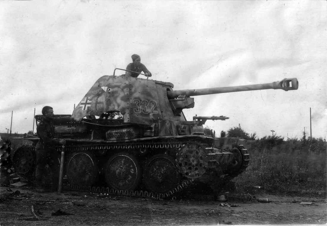 Уничтоженная подо Львовом немецкая САУ