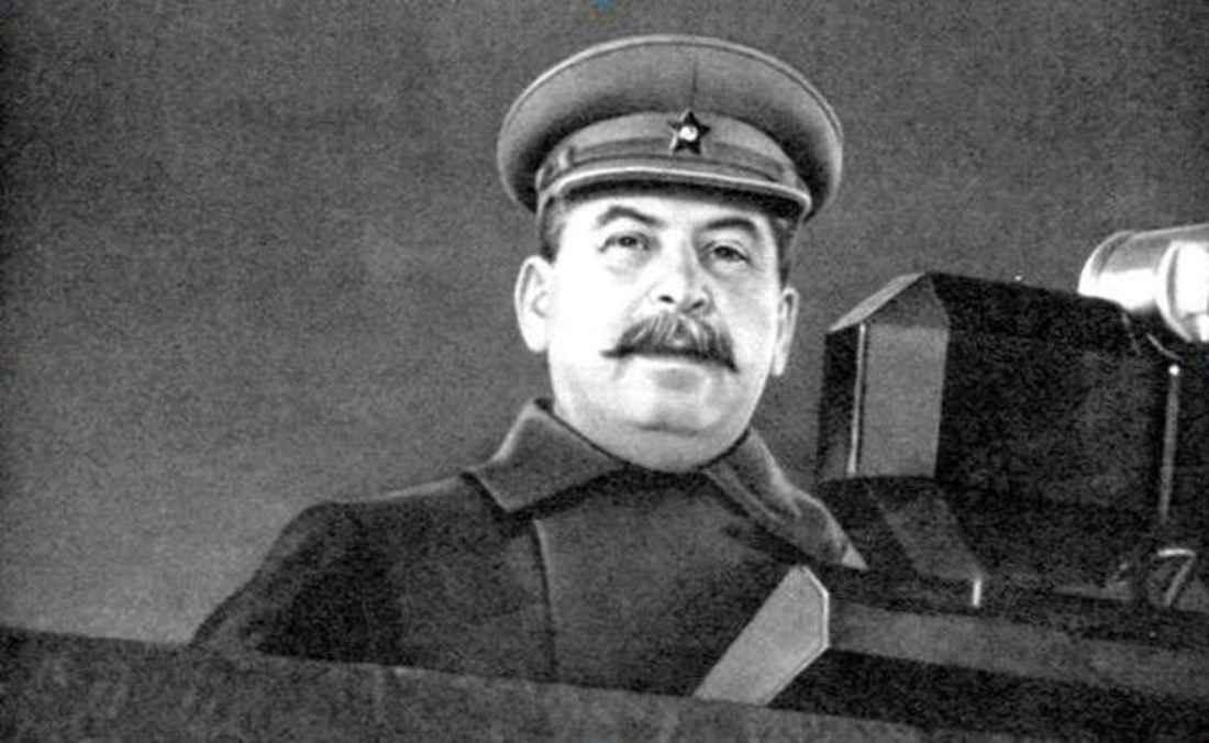 Выступление И. В. Сталина на параде в Москве 7 ноября 1941 года