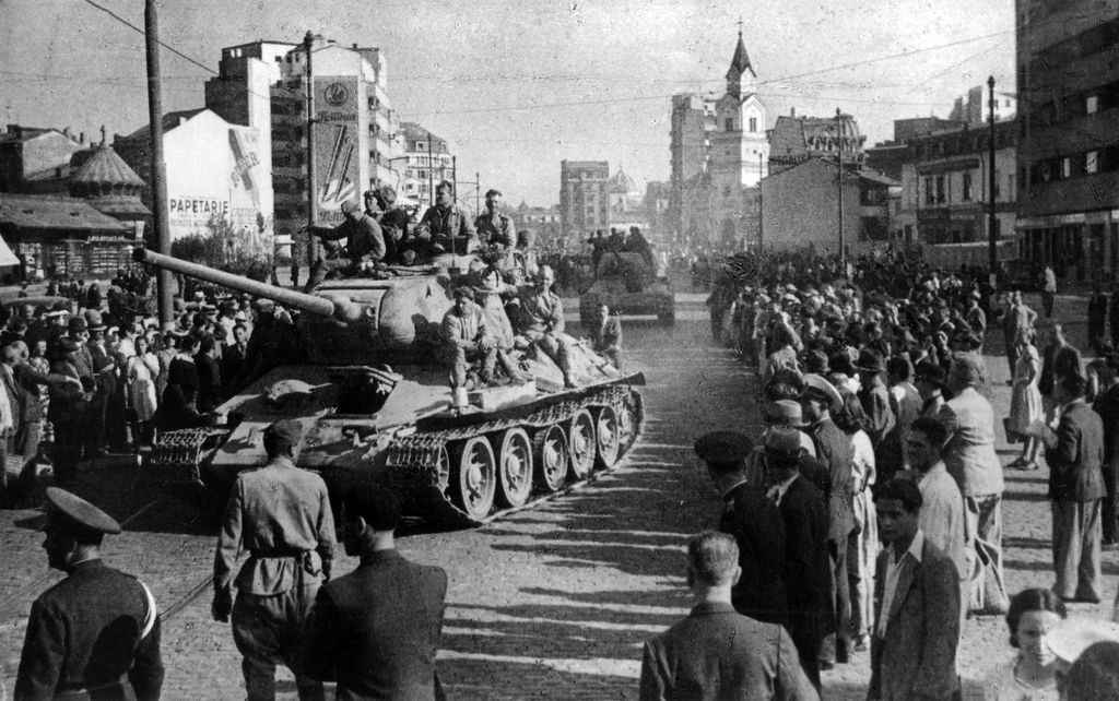 Бухарест встречает освободителей