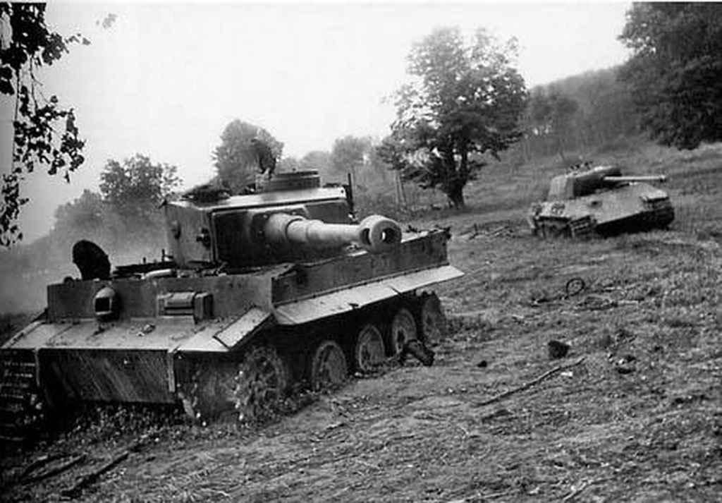 «Тигр», уничтоженный в ходе операции «Багратион» в районе Дрогобыча