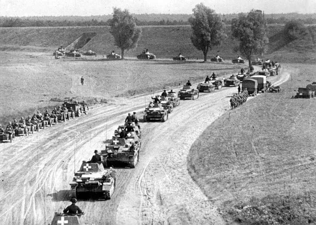 Немецкие войска входят в Польшу